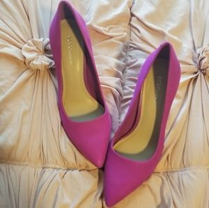 Bcbg hot pink kitten heels